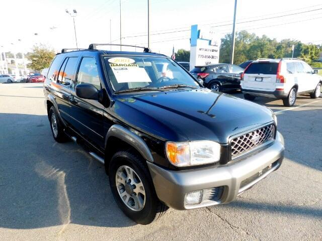 2001 Nissan Pathfinder LE 2WD