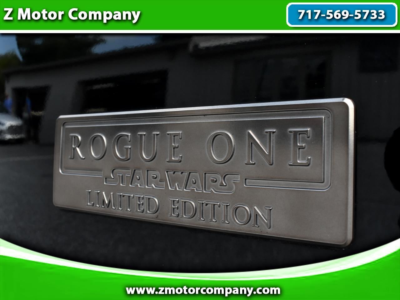 2017 Nissan Rogue SV AWD w / Rogue One Pkg