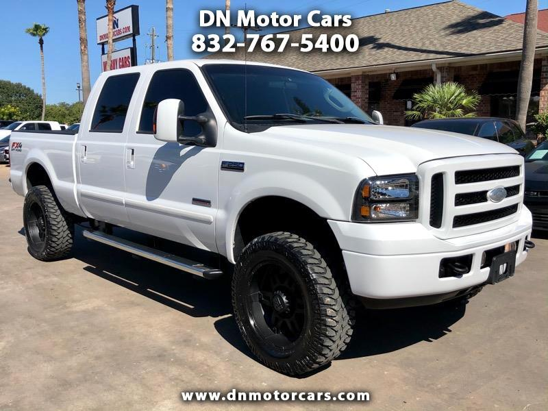 "Ford Super Duty F-250 4WD Crew Cab 156"" XLT 2006"