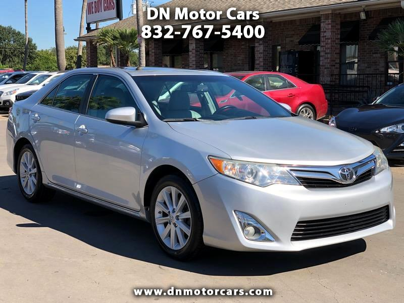 Toyota Camry 4dr Sdn V6 Auto XLE (Natl) 2013