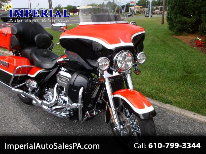 Harley-Davidson FLHTCUSE3  2012