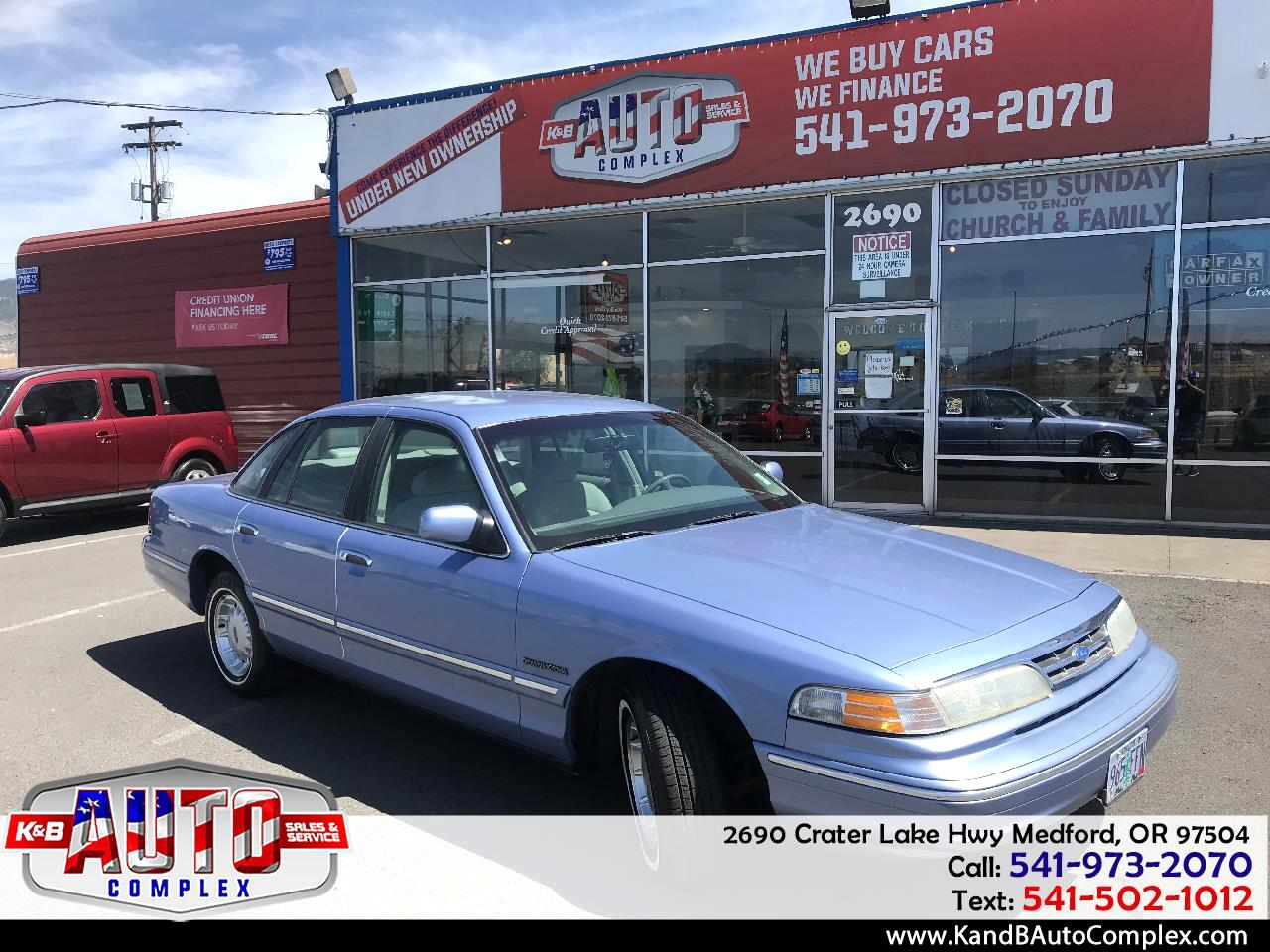 1995 Ford Crown Victoria 4dr LX