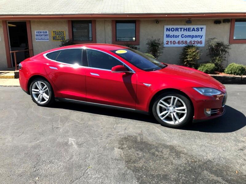 Tesla Model S Signature 2013