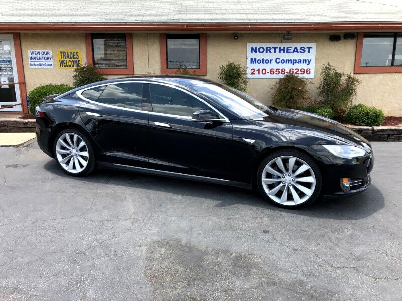 Tesla Model S Performance 2013