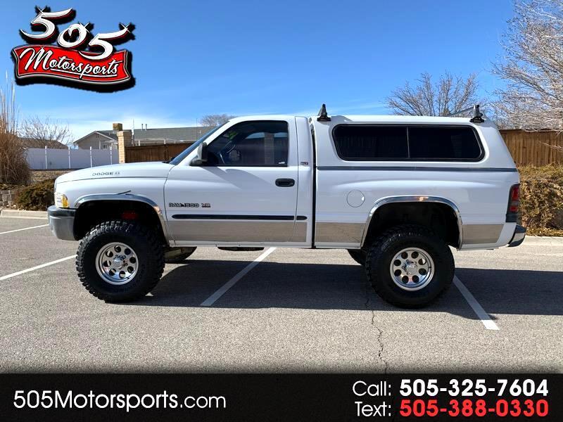 Dodge 1/2 Ton Trucks  2000
