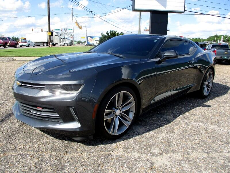2017 Chevrolet Camaro 2dr Coupe RS