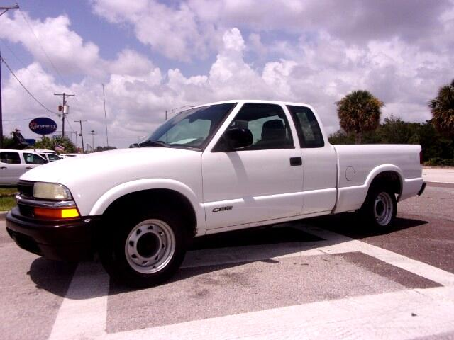 "Chevrolet S-10 Ext Cab 123"" WB Fleet 2002"