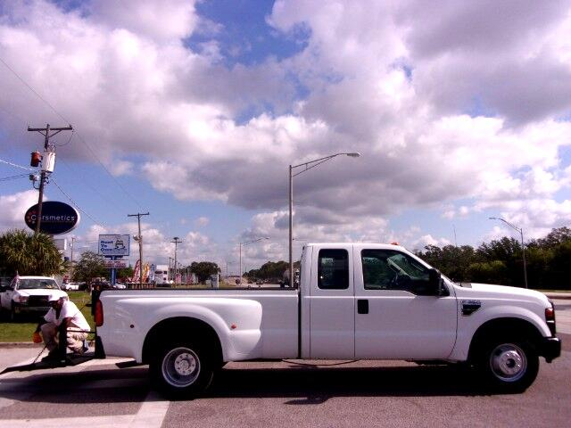 "Ford F-350 2WD SuperCab 158"" Lariat 2009"