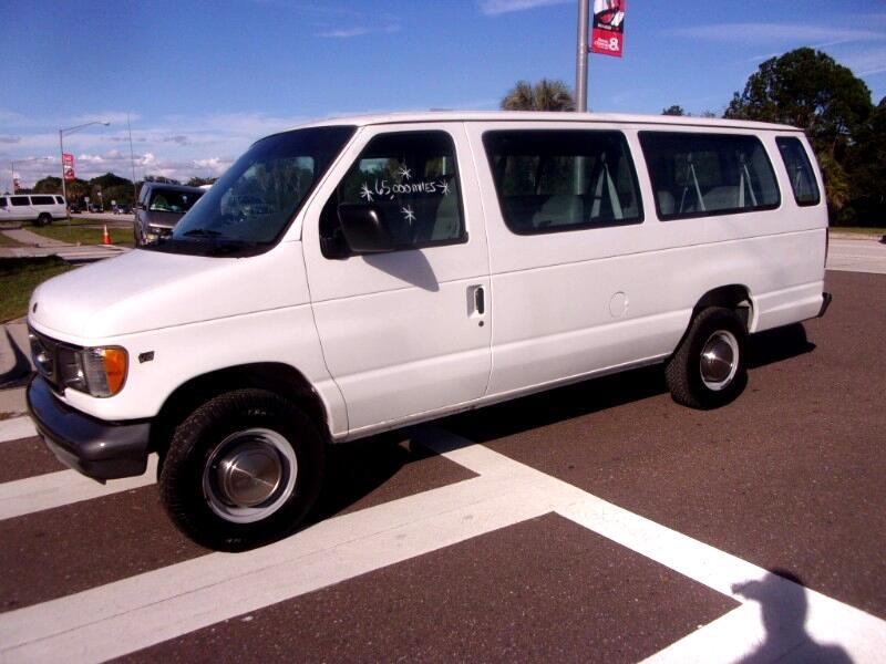 2000 Ford Econoline Wagon E-350 Super Ext XL