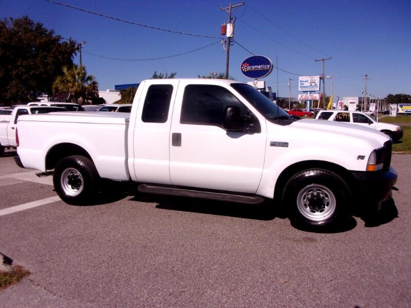 "Ford F-250 Supercab 142"" XL 2003"