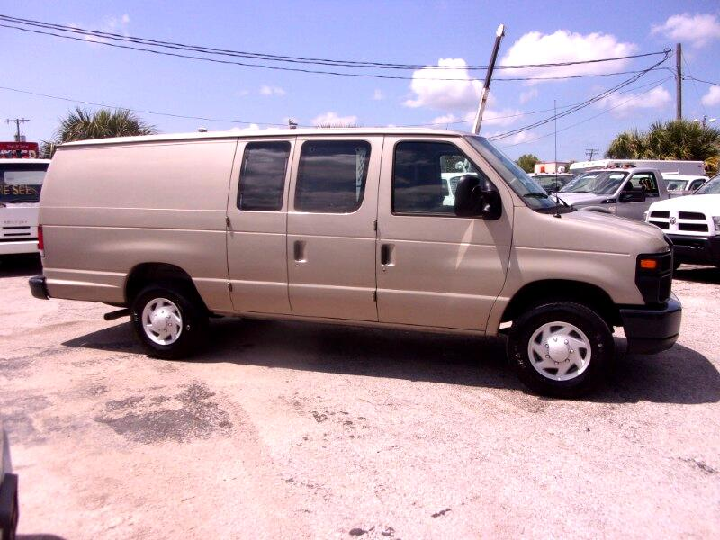 Ford Econoline Cargo E-350 Super Duty Ext Commercial 2009