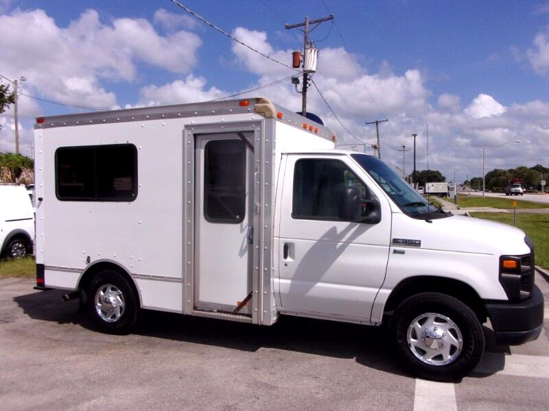 2012 Ford E-350 10 FT. Cube + Curb Door