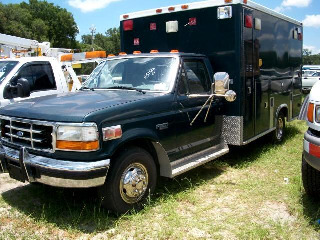 "Ford F-350 Reg Cab 137"" WB, 60.0"" CA DRW 1995"