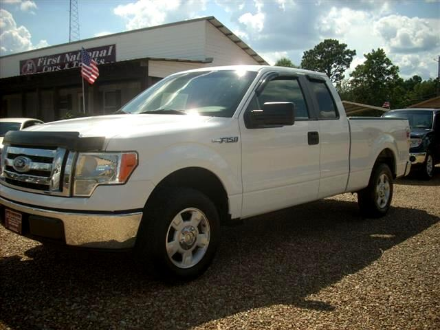 2010 Ford F-150 XL SuperCab 8-ft. Bed 2WD