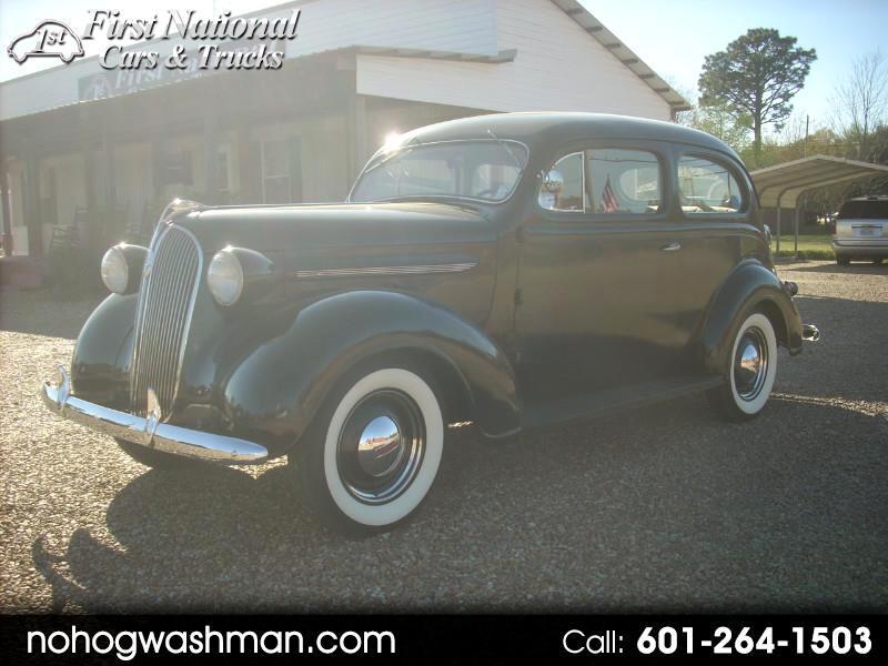 1937 Plymouth Deluxe sedan