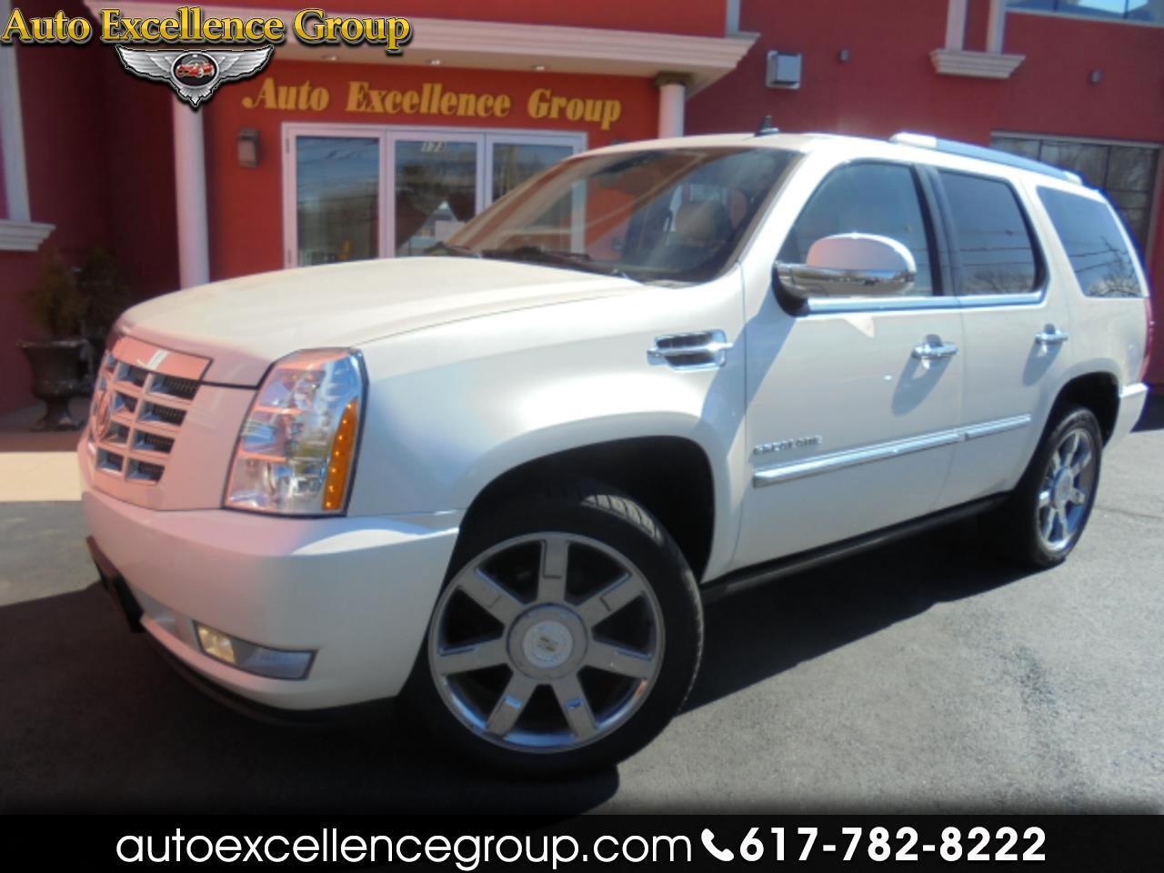 Cadillac Escalade 2WD Premium 2011
