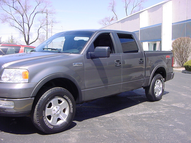 2005 Ford F-150 FX4 SuperCrew 5.5-ft. Bed 4WD