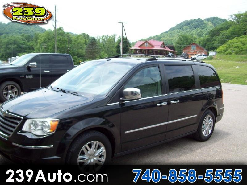 2010 Chrysler Town & Country 4dr Wgn Limited