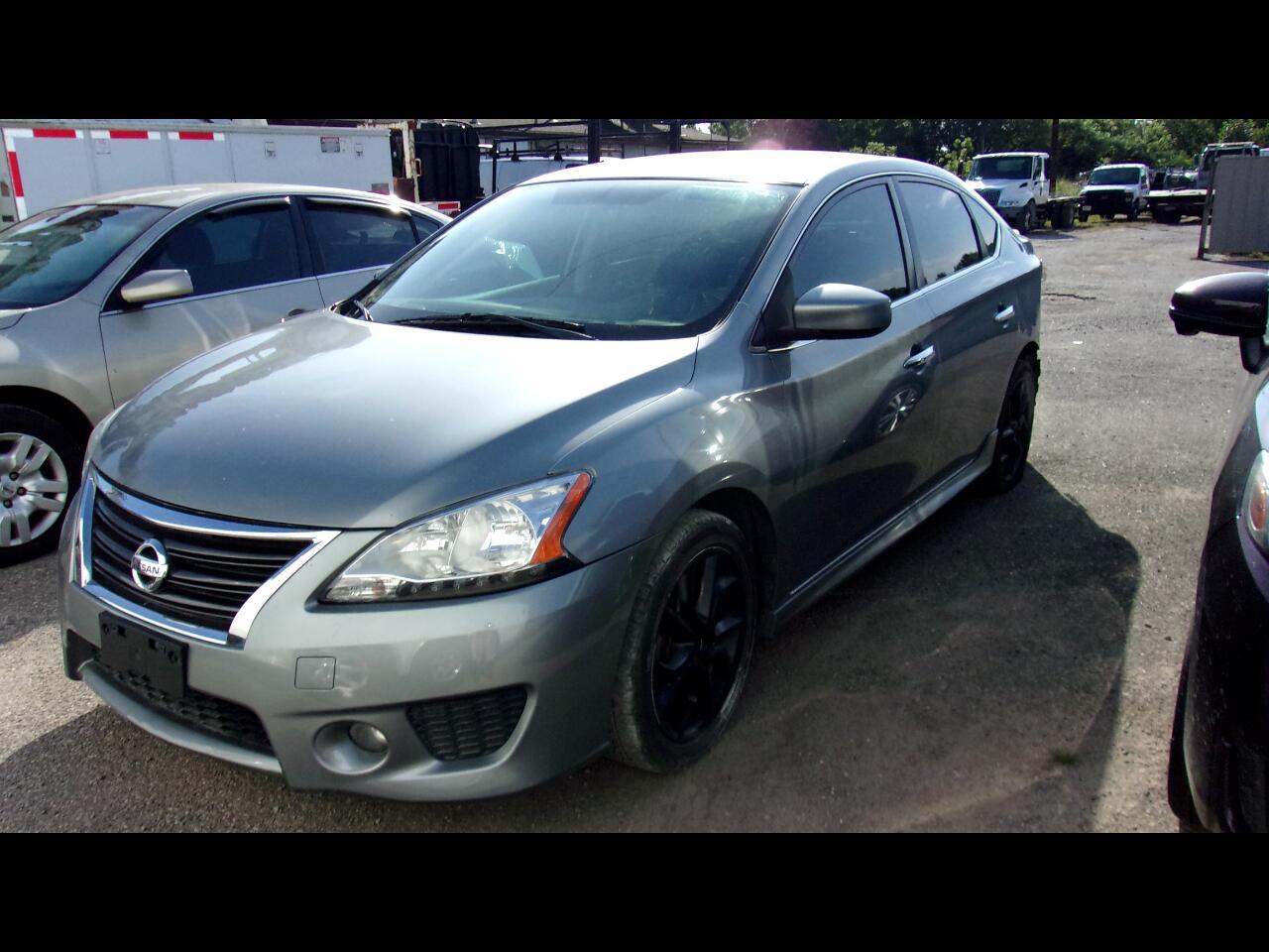 Nissan Sentra 4dr Sdn I4 CVT SR 2013