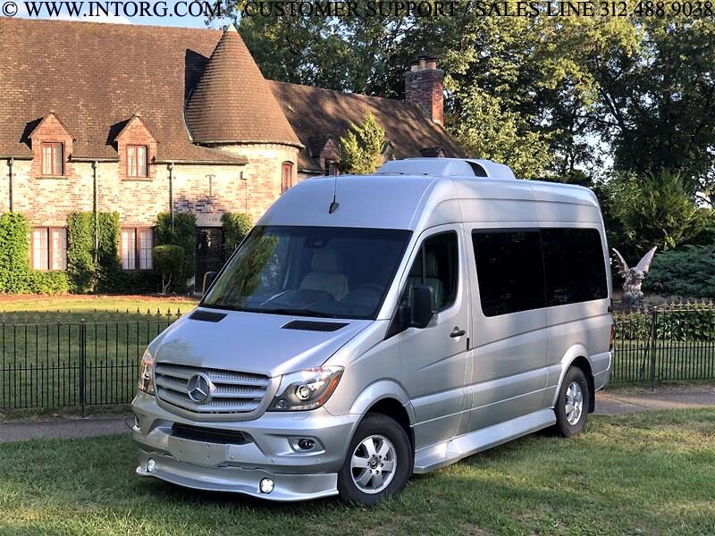 "Mercedes-Benz Sprinter Passenger Vans RWD 2500 144"" 2018"