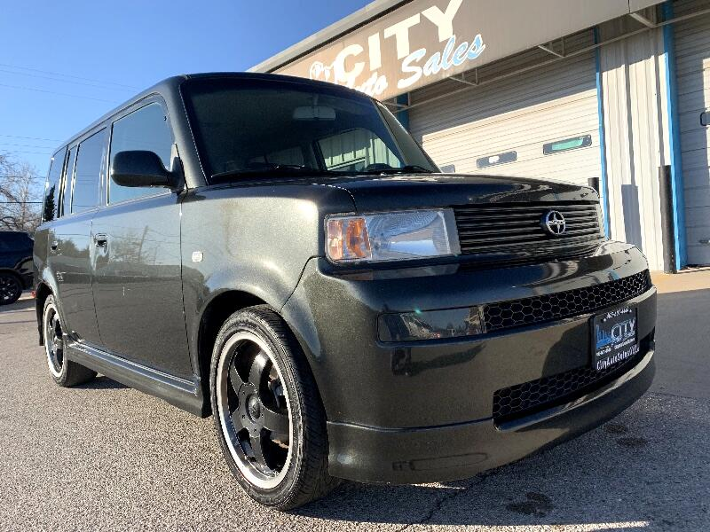 Scion xB Wagon 2006