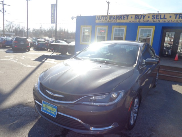 2015 Chrysler 200 4dr Sdn Touring FWD