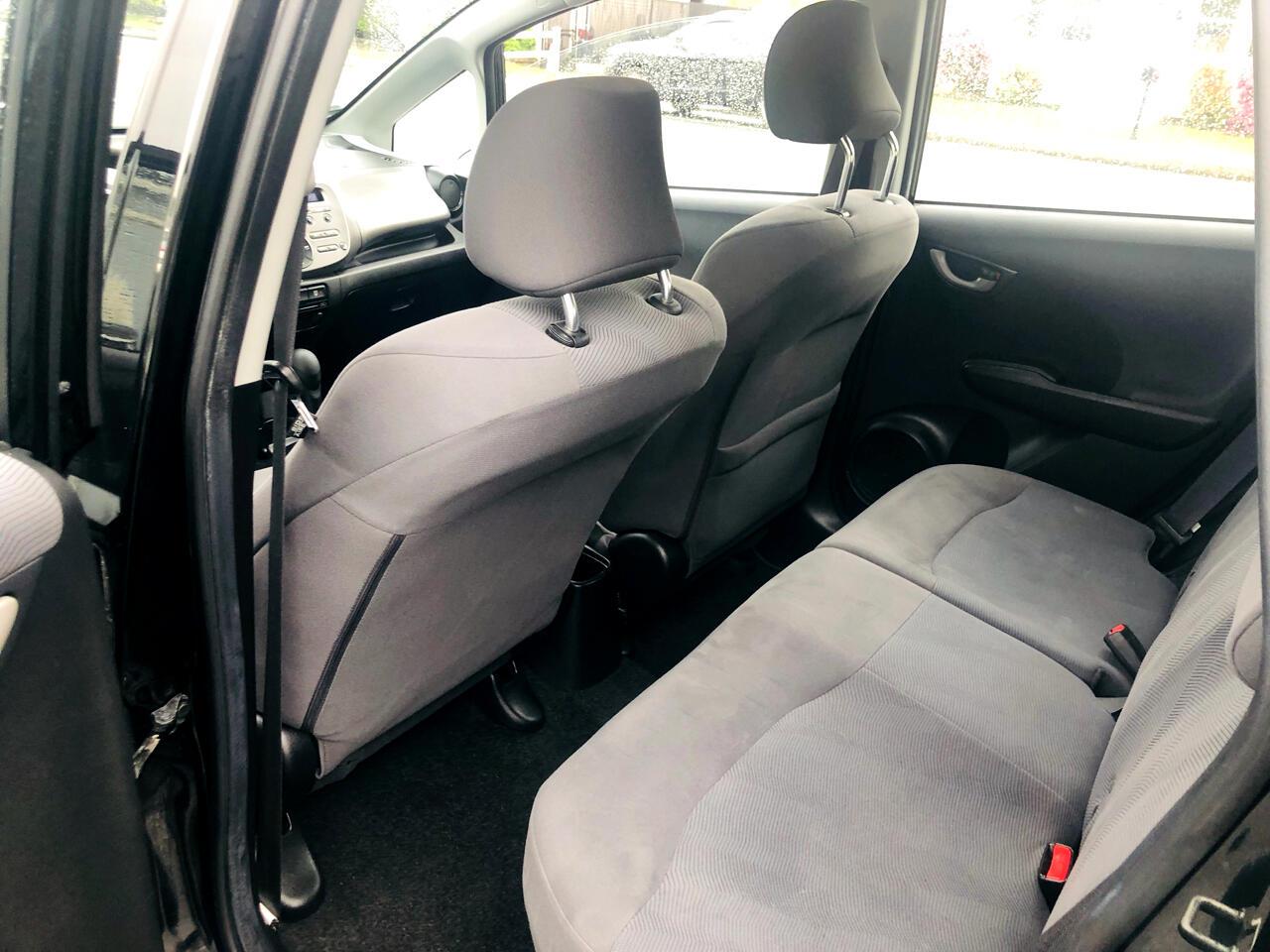 Honda Fit 5-Speed AT 2011