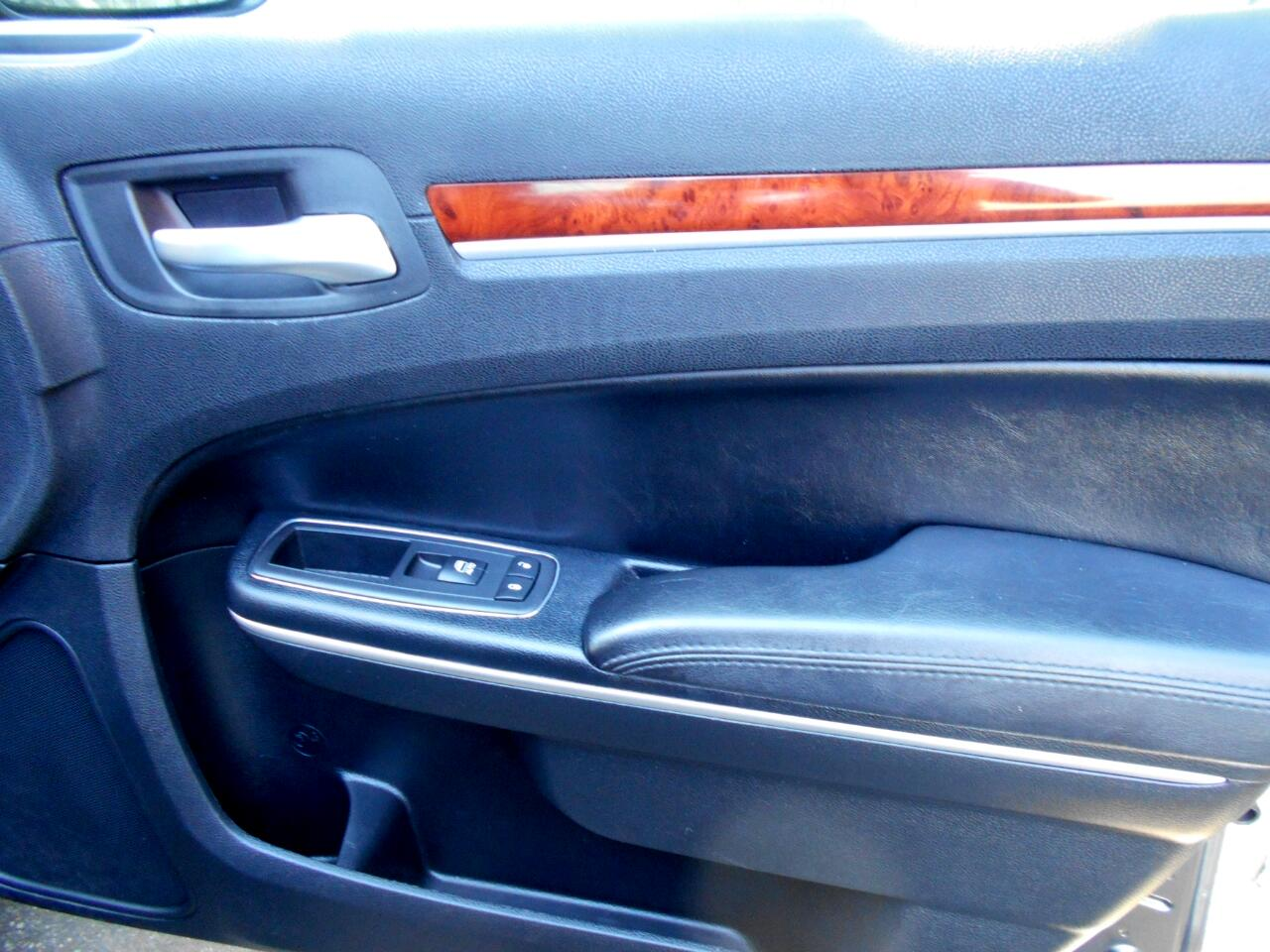 2013 Chrysler 300 AWD