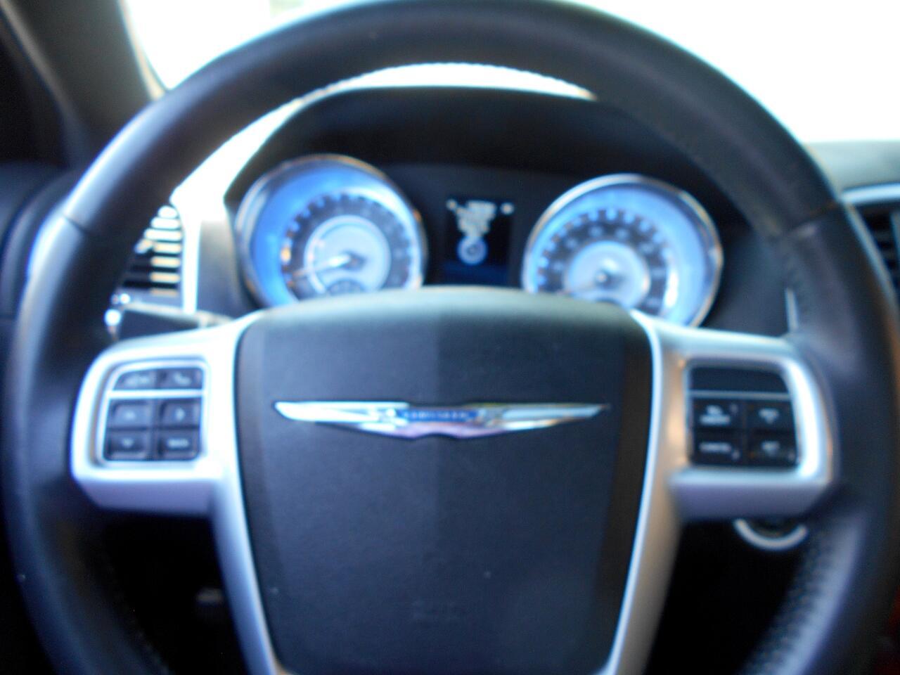 Chrysler 300 AWD 2013