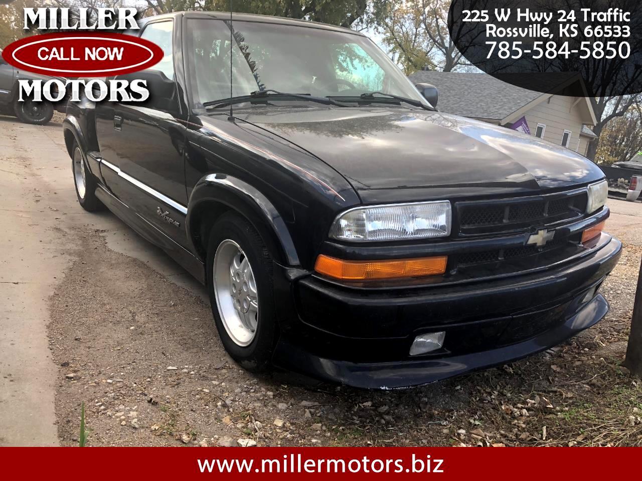 2000 Chevrolet S-10 LS Xtreme