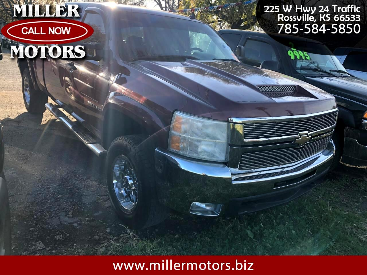 2008 Chevrolet Silverado 2500HD LT Crew Cab Short Bed 4WD