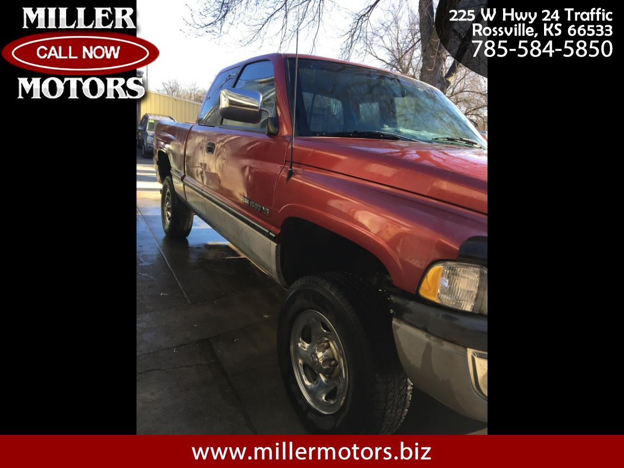 "Dodge Ram 1500 Club Cab 139"" WB 4WD 1997"