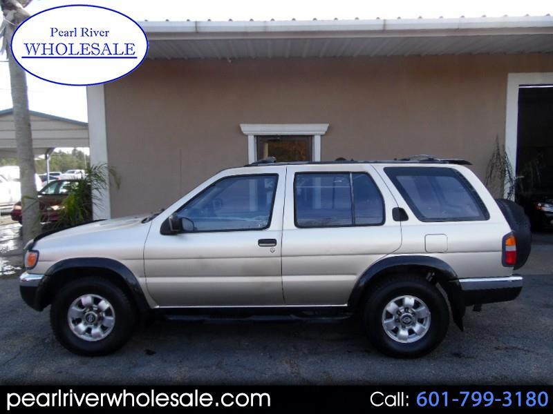 1998 Nissan Pathfinder XE 2WD