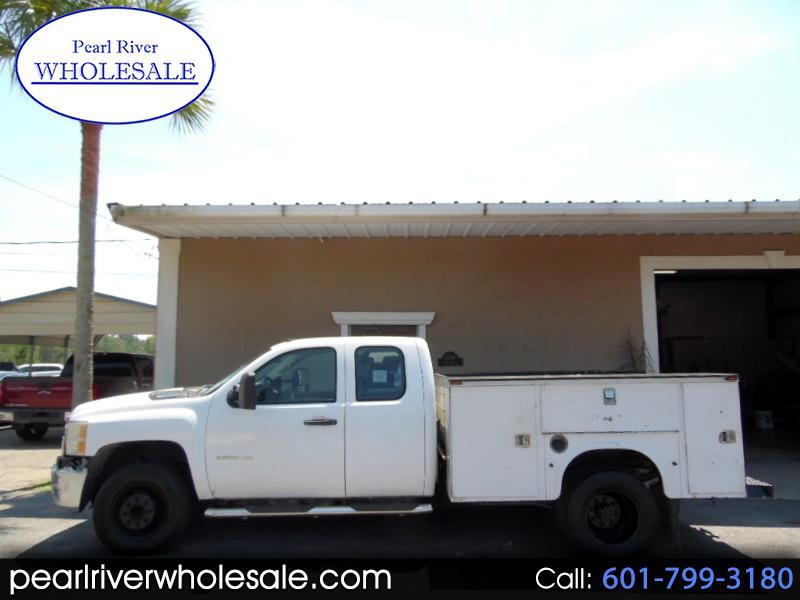 2011 Chevrolet Silverado 3500HD Work Truck Ext. Cab Long Box 2WD