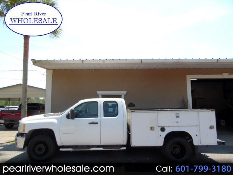 2011 Chevrolet Silverado 3500HD Work Truck Ext. Cab Long Box 2WD
