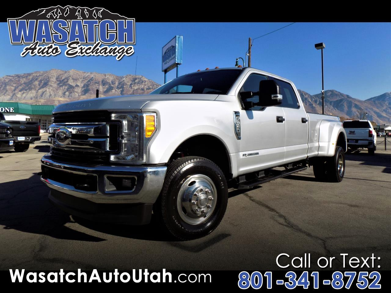 Ford Super Duty F-350 DRW XLT 4WD Crew Cab 8' Box 2017