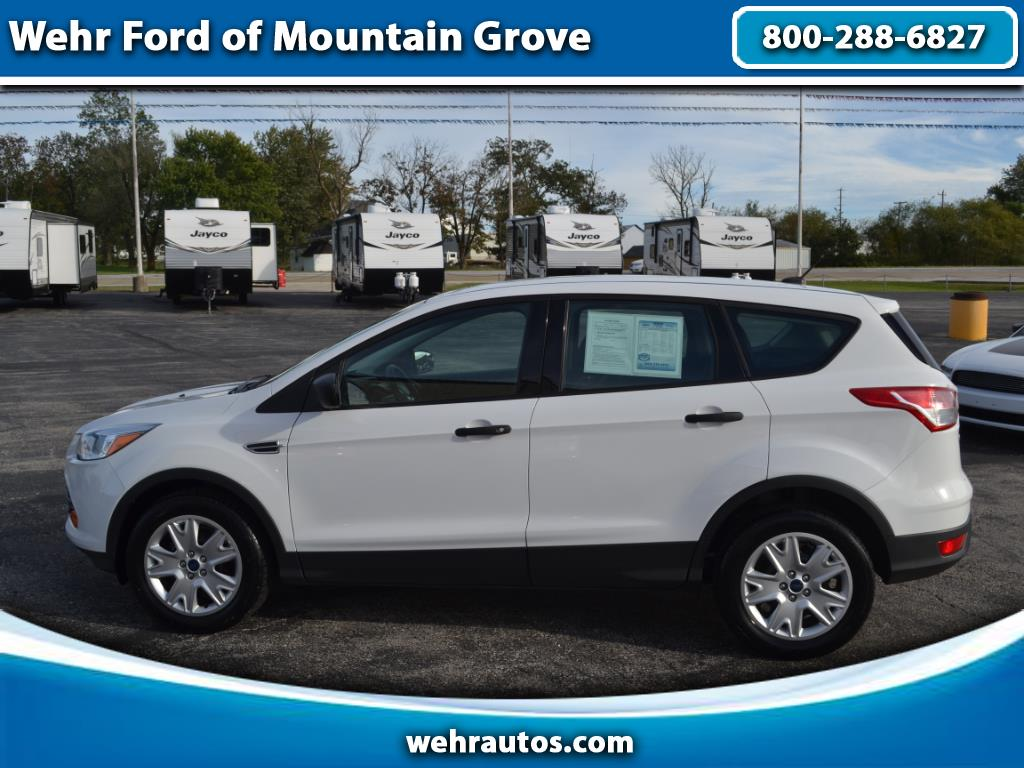 2016 Ford ESCAPE S FWD 4dr S
