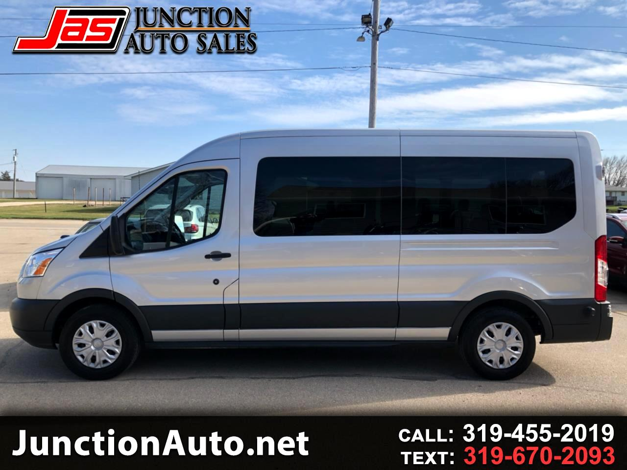 2018 Ford Transit 150 Wagon Med. Roof XLT w/Sliding Pass. 130-in. WB