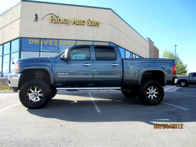 2011 Chevrolet Silverado 3500HD LTZ Crew Cab SHORT Box 4WD