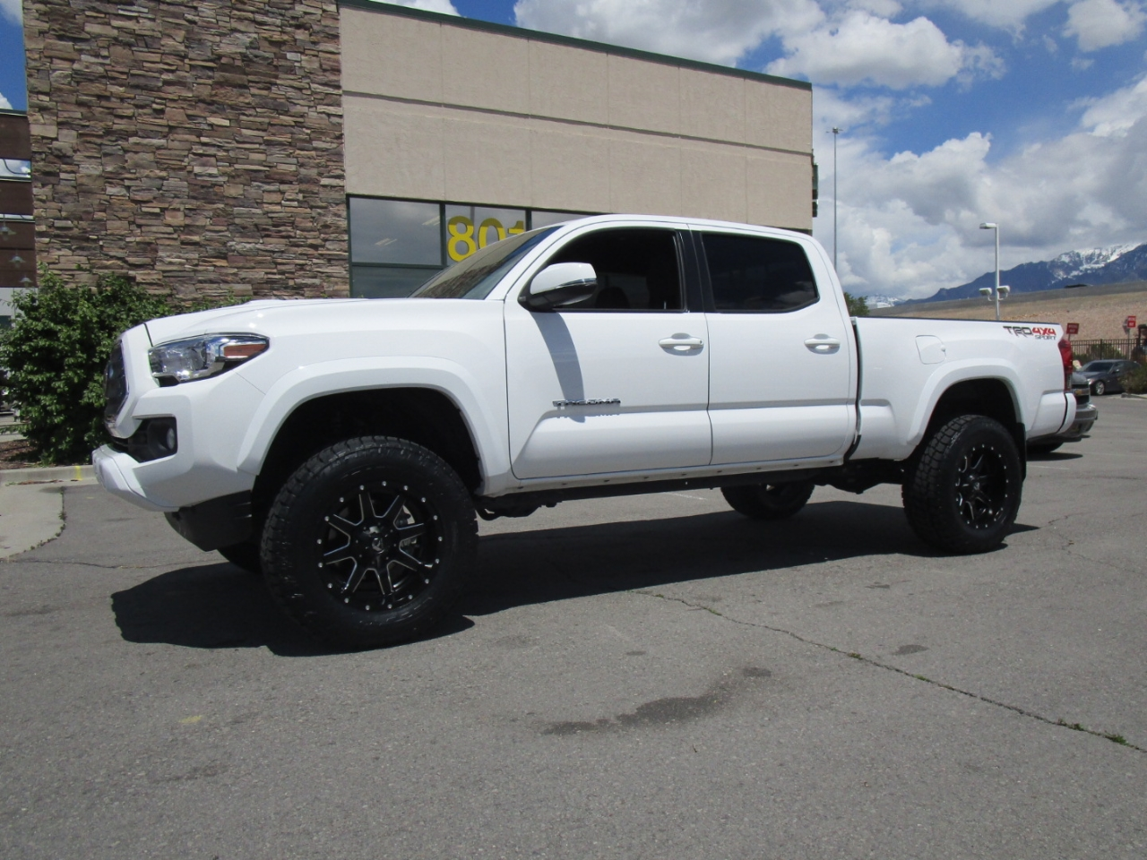 2019 Toyota Tacoma 4WD TRD Sport Double Cab 6' Bed V6 AT (Natl)