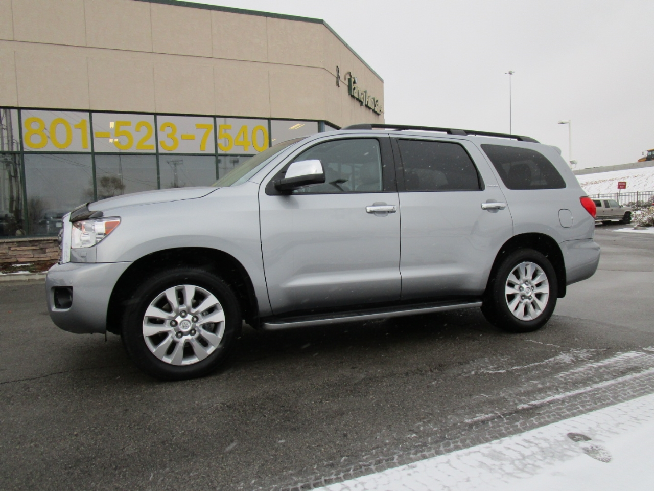 2015 Toyota Sequoia 4WD 5.7L Platinum (Natl)