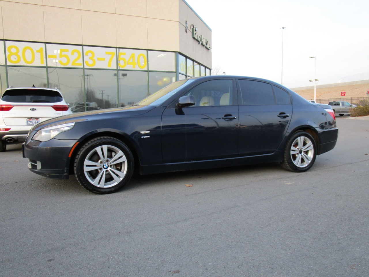 2009 BMW 5 Series 4dr Sdn 528i xDrive AWD