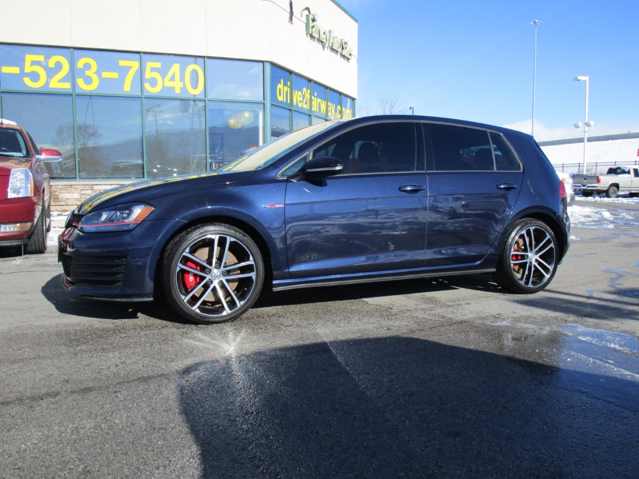 2017 Volkswagen Golf GTI 2.0T 4-Door Sport Manual