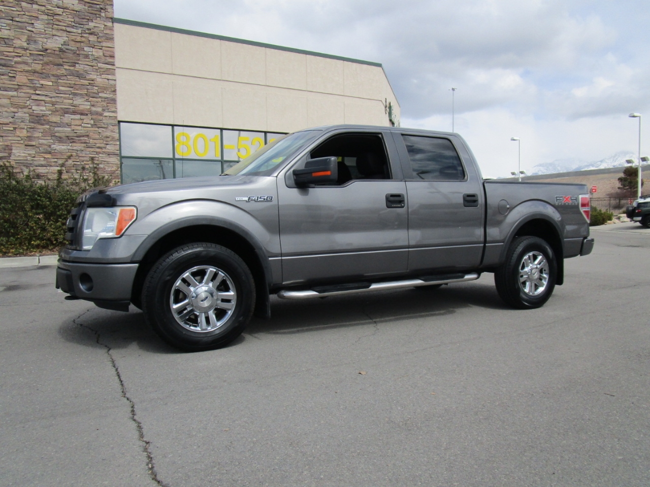 "2009 Ford F-150 4WD SuperCrew 139"" FX4"