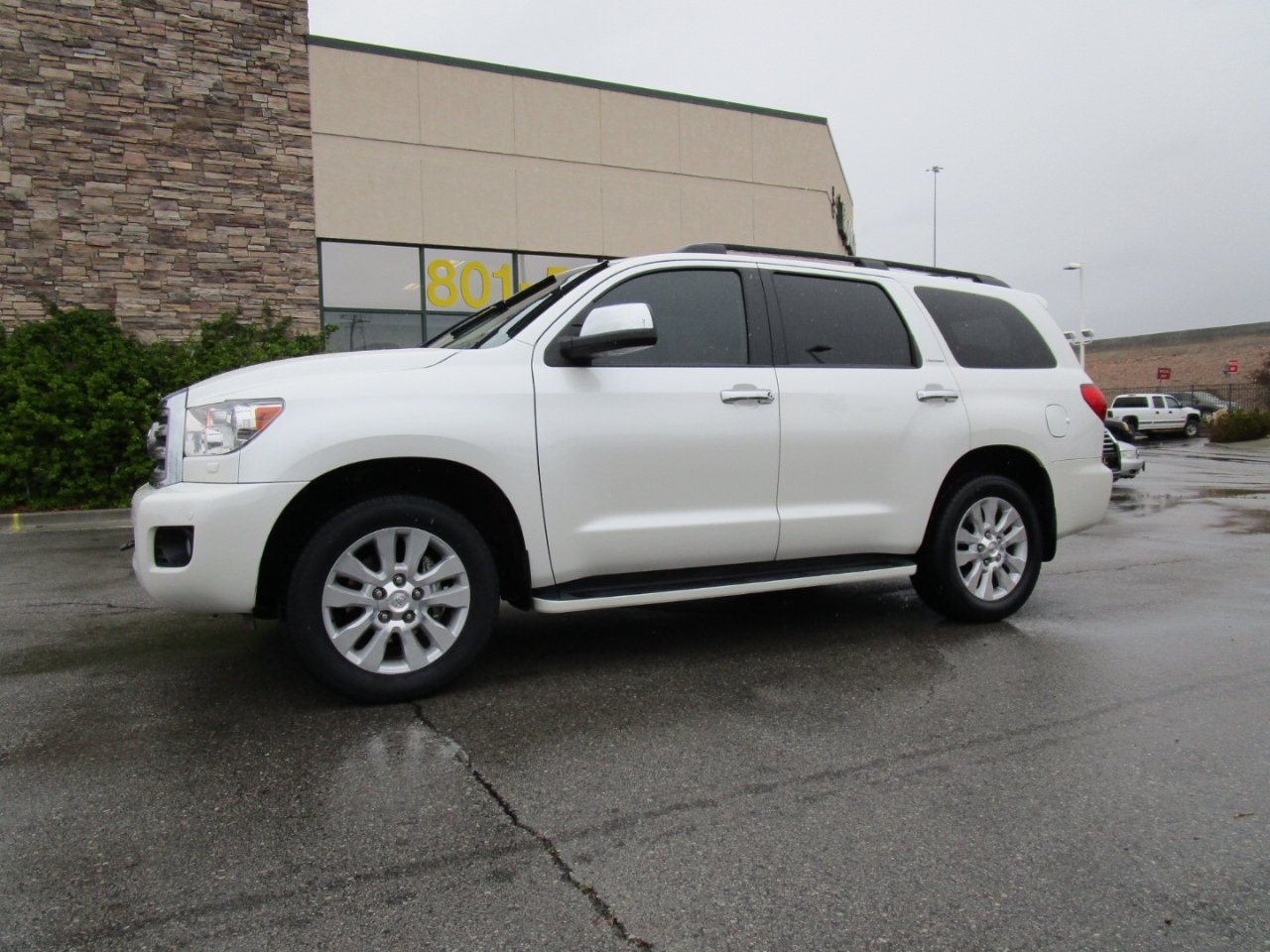 2016 Toyota Sequoia 4WD 5.7L Platinum (Natl)
