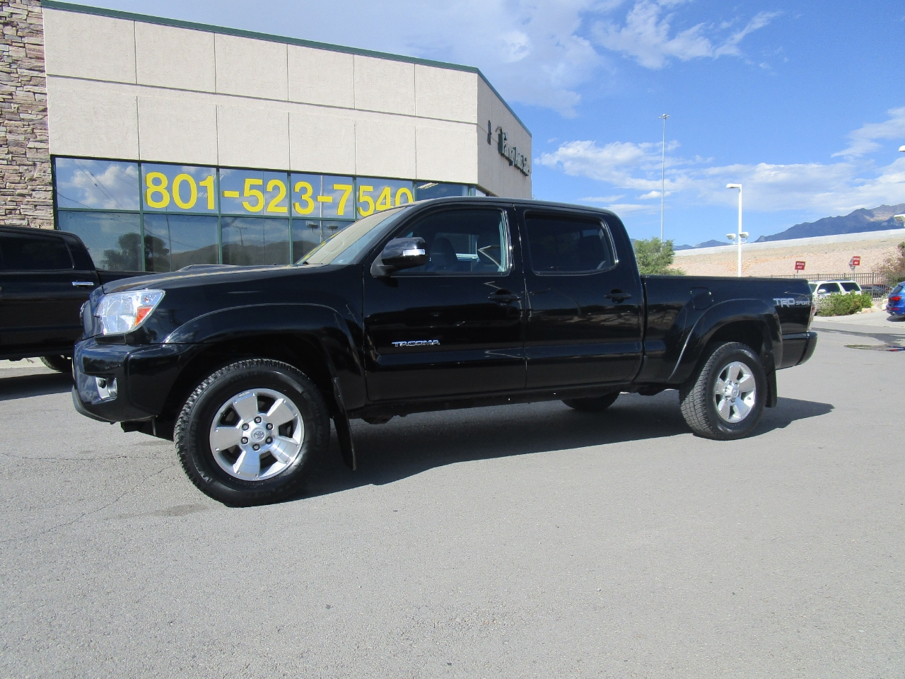 2015 Toyota Tacoma 4WD Double Cab LB V6 AT (Natl)