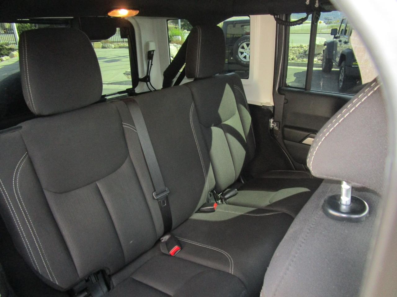 2017 Jeep Wrangler Unlimited 4WD 4dr Sahara