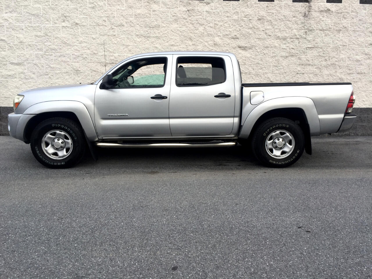 2011 Toyota Tacoma 4WD Dbl V6 AT (Natl)