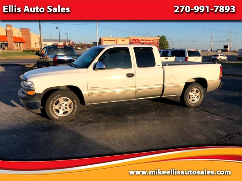 2000 Chevrolet Silverado 1500 LS Ext. Cab 3-Door Short Bed 2WD