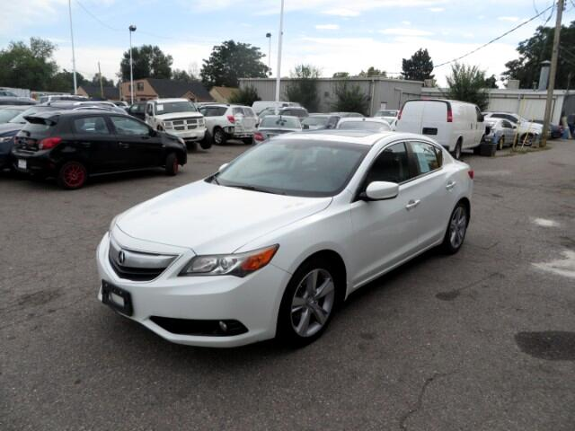 2013 Acura ILX 5-Spd AT w/ Premium Package